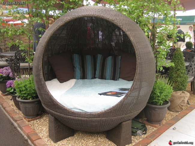lit bulle de jardin london chelsea flower show 2010 les galeries photo de plantes de. Black Bedroom Furniture Sets. Home Design Ideas